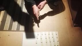 16岁少年人体运毒,被抓后4天排出43粒毒蛋