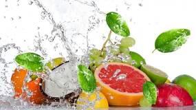 用洗涤剂可以去除水果皮上的农药吗?