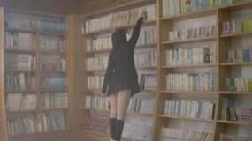 女生穿短裙不能进图书馆,没毛病!