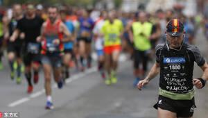 第33届苏黎世马拉松赛:万名跑者征战