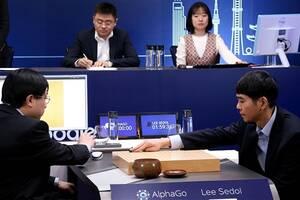AlphaGo唯一输给人类的一局竟是故意放水
