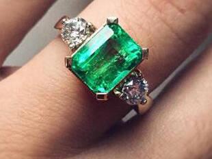 晒照|17枚祖母绿戒指