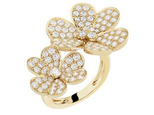 春天你应该拥有这些花朵珠宝