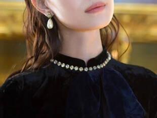 在珠宝配饰的世界里