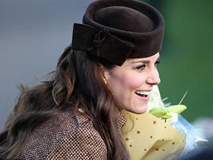跟着英国王室学戴手套