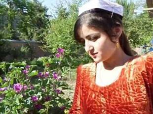 18岁新娘验明处女身仍被逼自杀