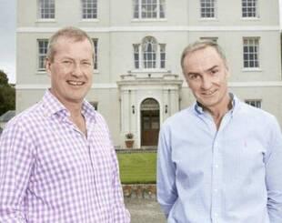 英国王室将迎来史上首个同性婚礼,女王55岁堂弟是主角