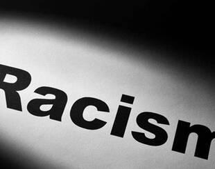 波士顿发生大规模反种族主义示威 约15000市民聚集
