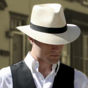 花1000个小时制作的帽子什么样?