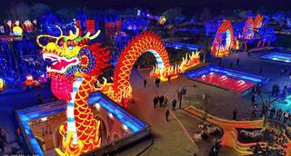 蔚县打树花:可能是你见过最致命最震撼的民俗表演