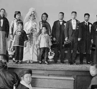 老照片:那时富二代的婚礼是这样