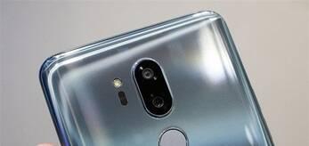刘海屏+双面玻璃!LG G7 ThinQ上手