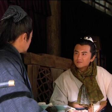 宋江和李逵被毒死,花荣吴用明白宋江心思,才不想为他报仇
