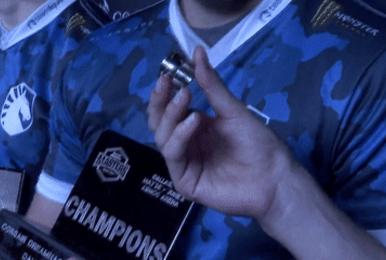 达拉斯大师赛终于结束,然而冠军奖杯却弄丢了