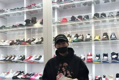 Ning拉斯维加斯买双鞋 价格近10万引网友热议