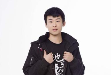 V5微博官宣:选手Laomao因家庭原因正式退役