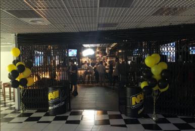 电竞和酒精的完美结合!NaVi酒吧正式开业