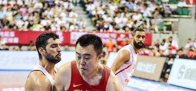 2018斯杯:中国男篮蓝队61-68不敌突尼斯