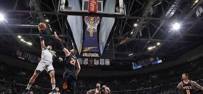 NBA-詹姆斯27分 骑士横扫太阳迎四连胜
