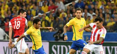 内马尔马塞洛建功 巴西3-0巴拉圭