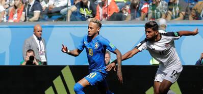 补时2连进!巴西2-0力克哥斯达黎加