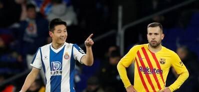 武磊创造历史!成中国攻破巴萨球门第一人