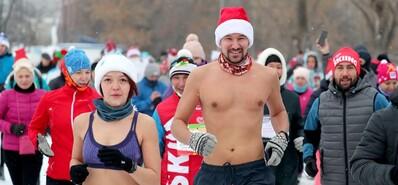 看着都哆嗦!盘点体育迷的冬季运动 战斗民族最猛