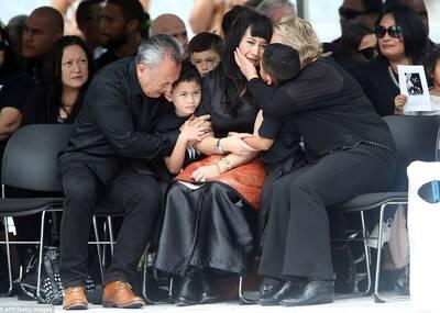 葬礼上,为他最后跳一次毛利战舞