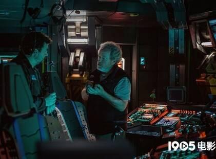 《异形:契约》曝新片场照 宇宙飞船内部全景展现
