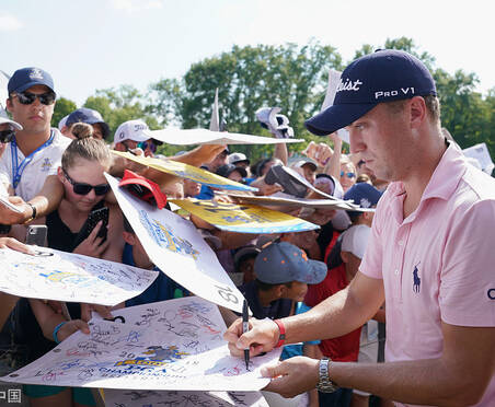 PGA锦标赛周三练习日 众星云集战高温