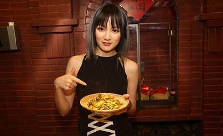 孟佳-黄瓜小炒肉