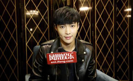 张艺兴:我真的不是蠢,只是反应慢而已