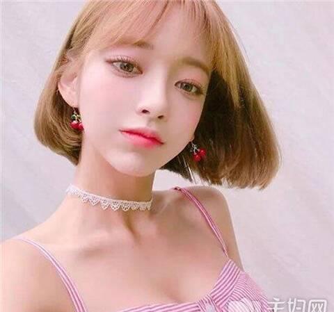 2018年流行短发发型趋势 女生短发气质更撩人图片