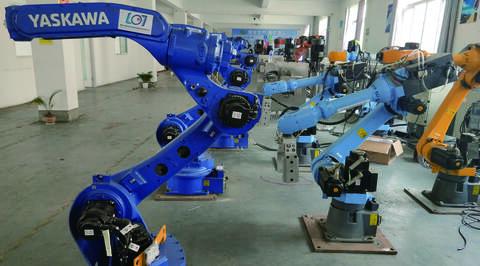 想找南京机器人培训班,如何避免入坑?