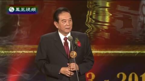 陈云林:两岸未来的交流要手拉手心连心