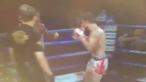 泰拳王播求被暴头鲜血喷射 赛后送医抢救