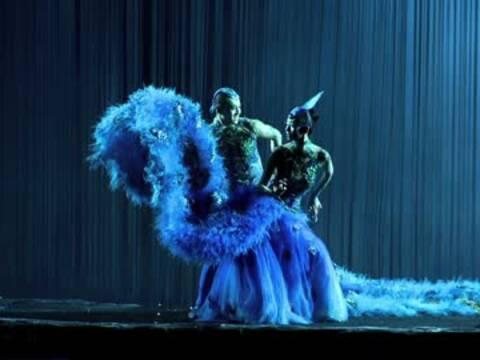 舞剧《孔雀》:一代舞神 传奇再现