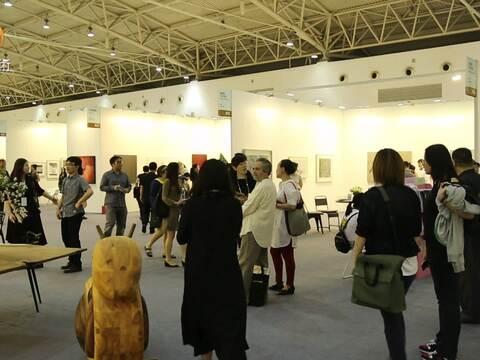 第11届艺术北京博览会于农展馆盛大开幕