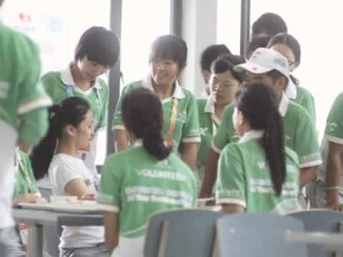 2010年世博会志愿者 阳光笑脸2
