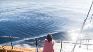 三年间在海上漂流数月 乘船环游欧洲之旅