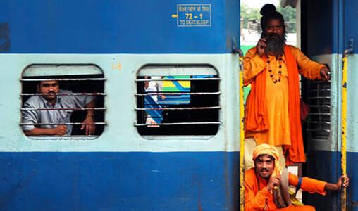 印度的长途火车上是什么样子?