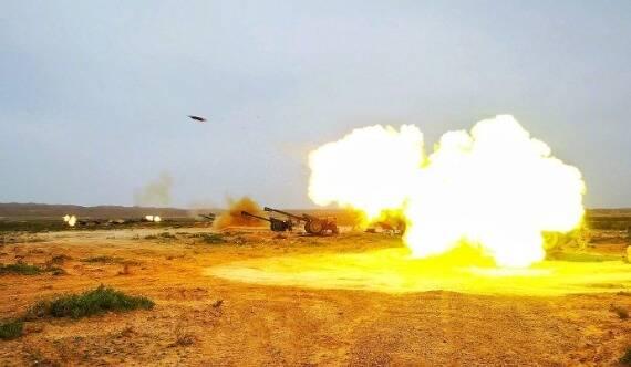 镜头下的火炮开火瞬间 火力值爆表