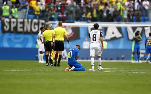 凤凰直击——巴西2-0力克哥斯达黎加