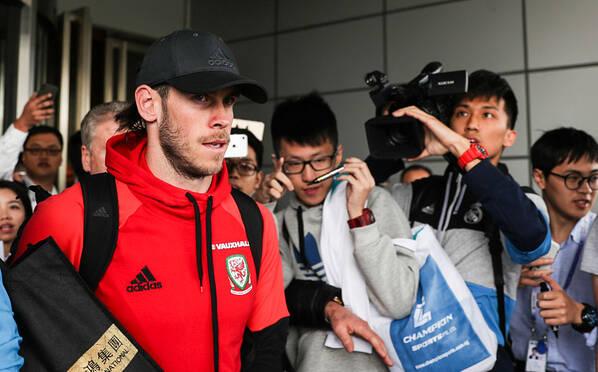 中国杯最大牌贝尔抵达南宁 将与国足一战