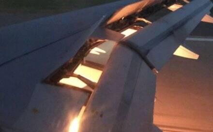 突发!沙特国家队飞机在降落时着火!
