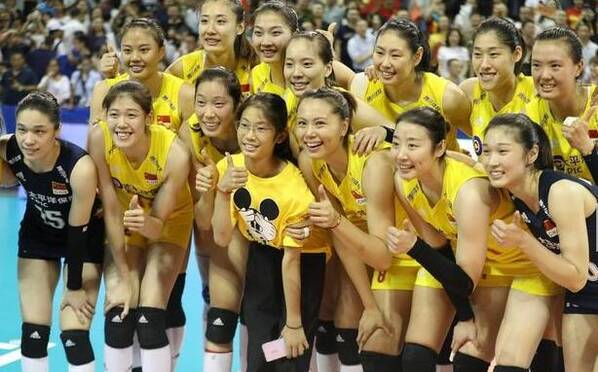 中国女排开启第10次奥运之旅!朱婷妹妹C位出道
