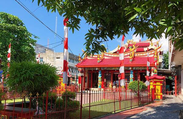 网红店打卡 总的来说 美娜多虽然没有巴厘岛,曼谷等地的旅游开发那么