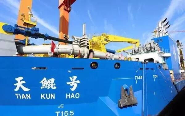 世界最大造岛船