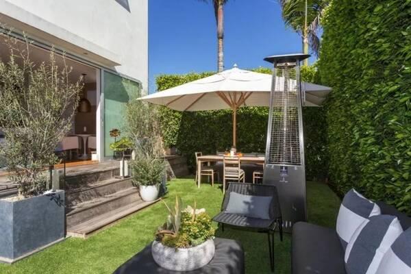 院子设计也可不必固守常规,而是根据自己的爱好和需求量身定制.