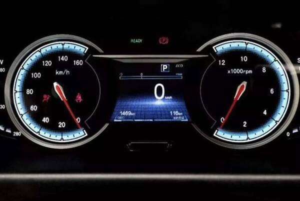 如何看车子的实际车速?别被仪表盘显示车速给骗了,这样看才准确